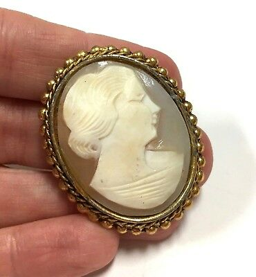 Vtg Estate Genuine Hand Carved CAMEO Brooch Pin Victorian Lady Gold Tone KK131g
