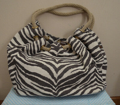 e1da1f70e69a09 MICHAEL KORS ZEBRA Print Tote/Purse/Handbag/Shoulder Bag Tan-Canvas ...