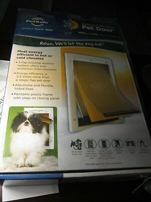 PetSafe Large Extreme Weather Dog Pet Door~~Small~~Flap Opening 1- 15 Lbs NOS