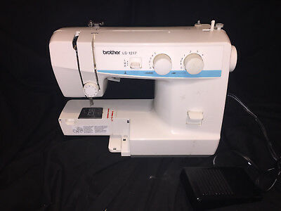 BROTHER LS40 SEWING Machine Portible Light Weight Straight Zig Stunning Sewing Machine Brother Ls 1217