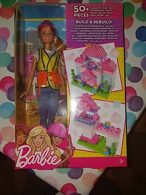 Barbie FCP76 Builder Doll with Playset