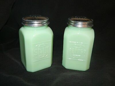 "Large Jade ""Jadite""  Depression Style Retro Glass Salt n Pepper Shakers RANGETOP"
