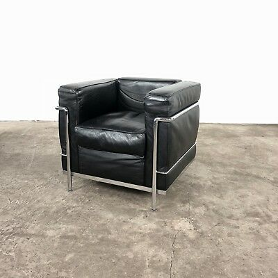 original cassina le corbusier sofa gestell f r lc2 mit. Black Bedroom Furniture Sets. Home Design Ideas