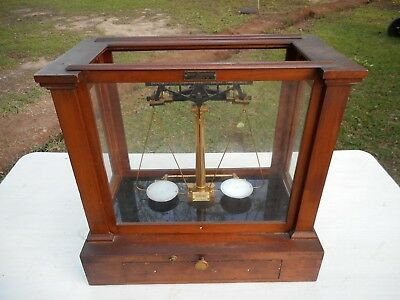 Antique Henry Troemner Apothecary Pharmacist Balance Scale Oak Display Case