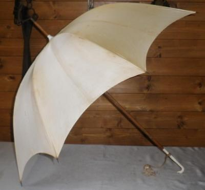 Vintage Cream Canopy Umbrella With Petite Dogs Head Handle
