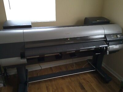 Canon imagePROGRAF IPF8000S Wide Format Printer with Stand