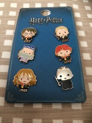 PRIMARK HARRY POTTER CHARACTER EMOJI 6 METAL PIN BADGE SET - Brand New