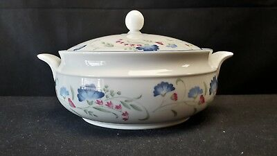 Royal Doulton Expressions Windermere Round Covered Vegetable Bowl