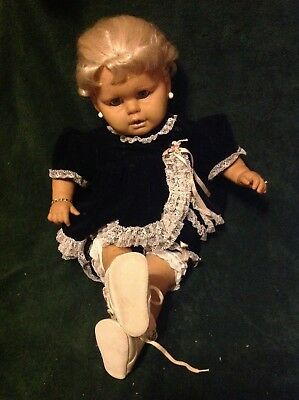 Big baby doll, cloth body possibly Cititoy