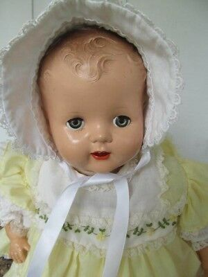 Vintage Baby / Doll Bonnet  White Fine Ribbed with White Open-work Lace - Nice!