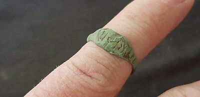 Stunning very Rare Roman bronze finger ring, Please read description. L35d