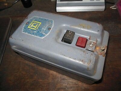 VINTAGE SQUARE D Class 2510, type BG-2 SIZE 0 MANUAL MOTOR STARTER with heaters
