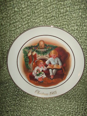 AVON 3RD Edition Christmas Memories Plate Enjoy The NIght Before Christmas 1983