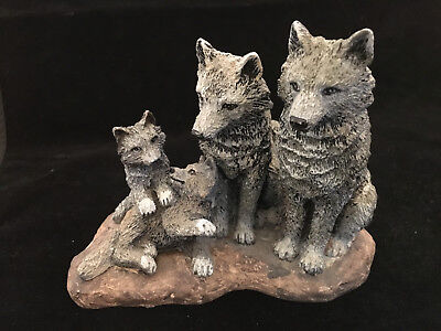 """The Spirit Of The Wild"" Collection – Family Spirit Wolf Family – Papel® L63611"