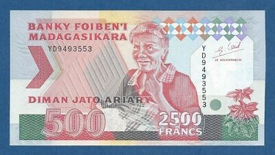 MADAGASCAR -- 2500 FRANCS = 500 ARIARY ND ( 1993 )  -- UNC -- PICK 72Ab .