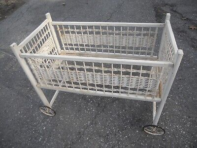 Vintage Used Antique Wooden And Rattan Baby Crib With Wheels Baby