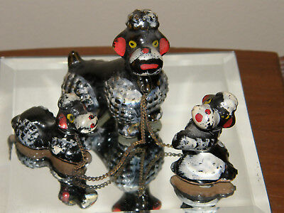 VINTAGE Black REDWEAR CERAMIC POODLE & TWO PUPPY ON CHAIN 1950's/60's Japan DOG