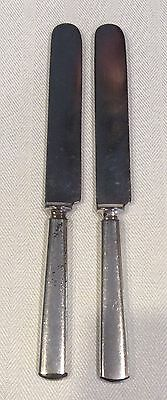 2 Antique Meriden Silverplate Co. Warranted 12 Dwt Knives