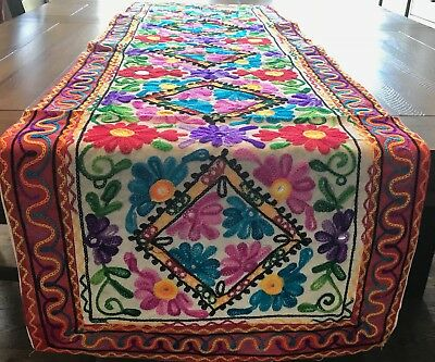 Embroidered Table Runner Tapestry Wall Hanging Flower Woollen India Rn116