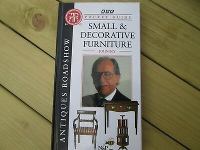 Small And Decorative Furniture Pocket Guide - Bbc Antiques Roadshow