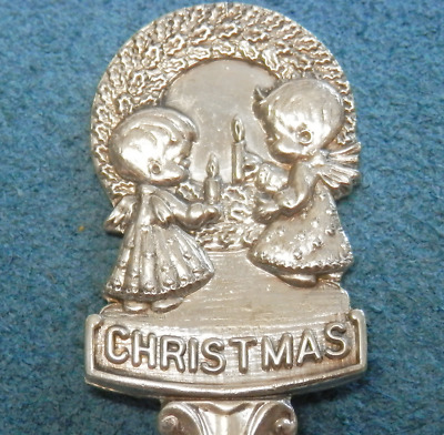 """Vintage Christmas Spoon 1978  Wreath & Angels Made in Holland 5"""""""