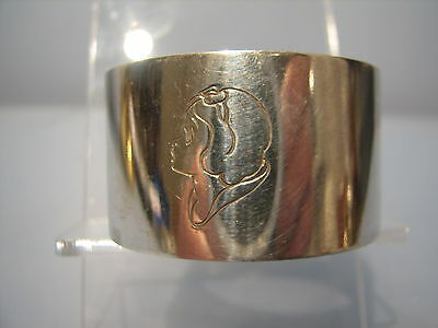 Early Disney Snow White SILVER plated  NAPKIN RING