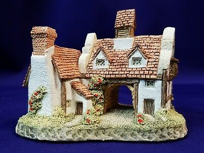 "David Winter Cottages ""The School House"" Figurine"