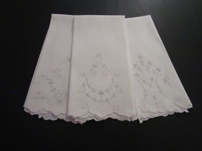 Set of 3 Lovely Vintage Hand Embroidered White Madeira? Linen Guest Towels