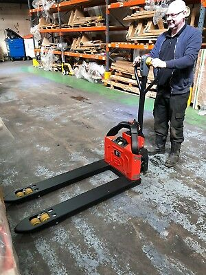 BRAND NEW Warrior Fully Powered Pallet Truck 1200Kg c/w Lithium-Ion battery pack