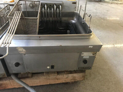 Hobart Counter Top Twin Basket fryer (173)