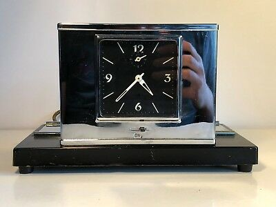 BEAUTIFUL ART DECO CHROME DESK CLOCK (Made In England)