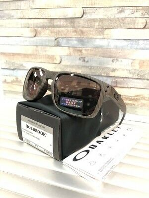 e3674db3615 OAKLEY woodgrain