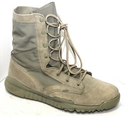 Mens Boots Size 11