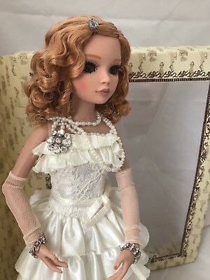Romance & Whipped Cream Ellowyne Wilde, COMPLETE DOLL & OUTFIT - Tonner inset