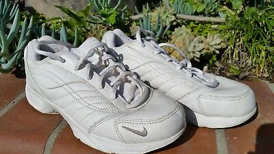 Women's sport White NIKE WALK Airliner Used Shoes Size 6