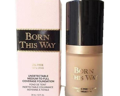Born This Way Matte Mineral Base de teint de type too faced