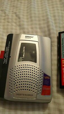 Cassette player portable OMEGA reporter 20 VAS voice activated with tapes