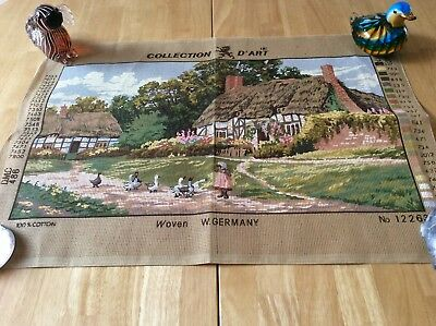 Tapestry Canvas + 37 Skeins Of Dmc Wool - Old English Cottage - Collection D'art