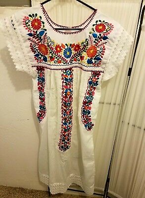 Mexican Floral Hand Embroidered Dress Size Small/Medium