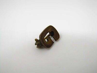 "Vintage Collectible Pin: Letter G ""G"" Small Design"