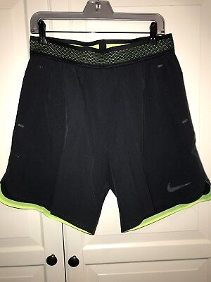 Nike Flex Repel Training Short Running kurze Hose gr. M schwarz gelb NEU