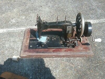 Vintage Hand Crank Manual FRISTER & ROSSMANN Sewing Machine