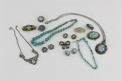 14 pieces vintage Peking glass jewellery including pendants, earrings & brooches