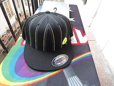 Oakley Men's BASEBALL Hat Cap STACKED FLEX FLEX FIT CAP BLACK S/M SIZE