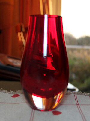 Vintage Whitefriars Tear Drop Ruby Red Glass Vase by Geoffrey Baxter Pat No 9496