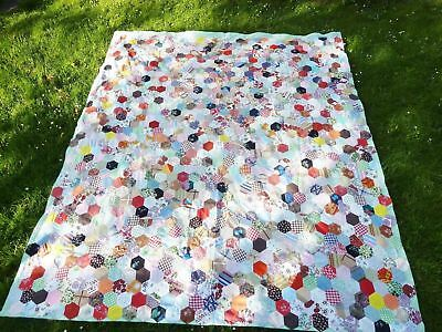 lovely hexagon patchwork quilt handmade 1986 condition is excellent homespun