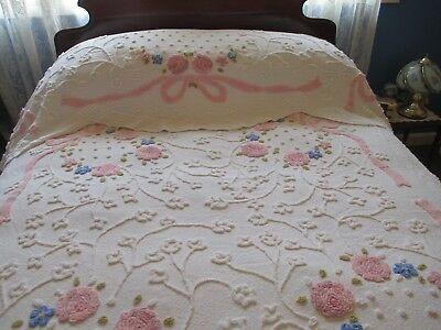 Beautiful Vintage White Double Bed Chemille-Candlewick Floral Bedspread
