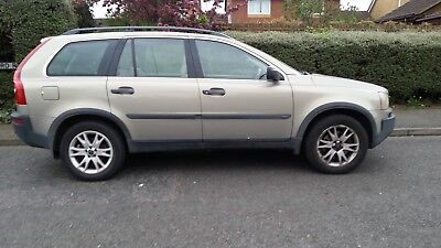 Volvo XC90  T6AWD 2004 7 seats 1 owner from new. Cream leather. SPARES or REPAIR