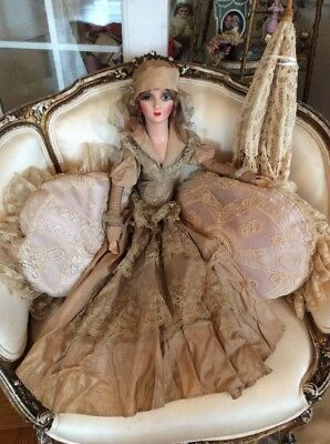 SHABBY Antique VTG French Boudoir Doll BED NET LACE VICTORIAN DRESS OLD