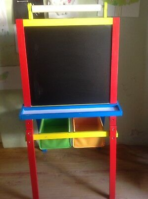 Kids Art Easel (Blackboard, Whiteboard & Paper).